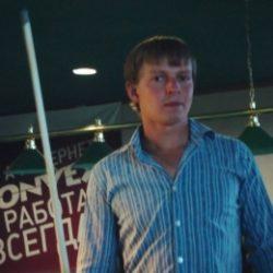 Парень хочет найти девушку в Костроме для регулярных встреч для секса