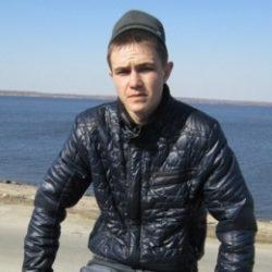 Ищу девушку для периодических интим встреч в Костроме